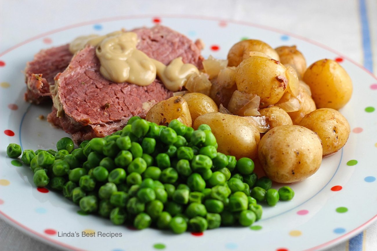 Stovetop or Crockpot Corned Beef with Leeks