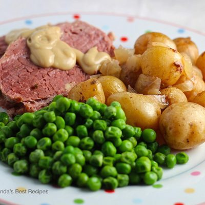 Corned Beef with Leeks and Little Potatoes
