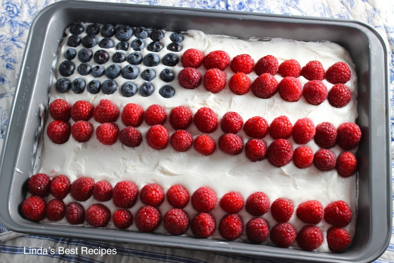 Fourth of July Flag Cake