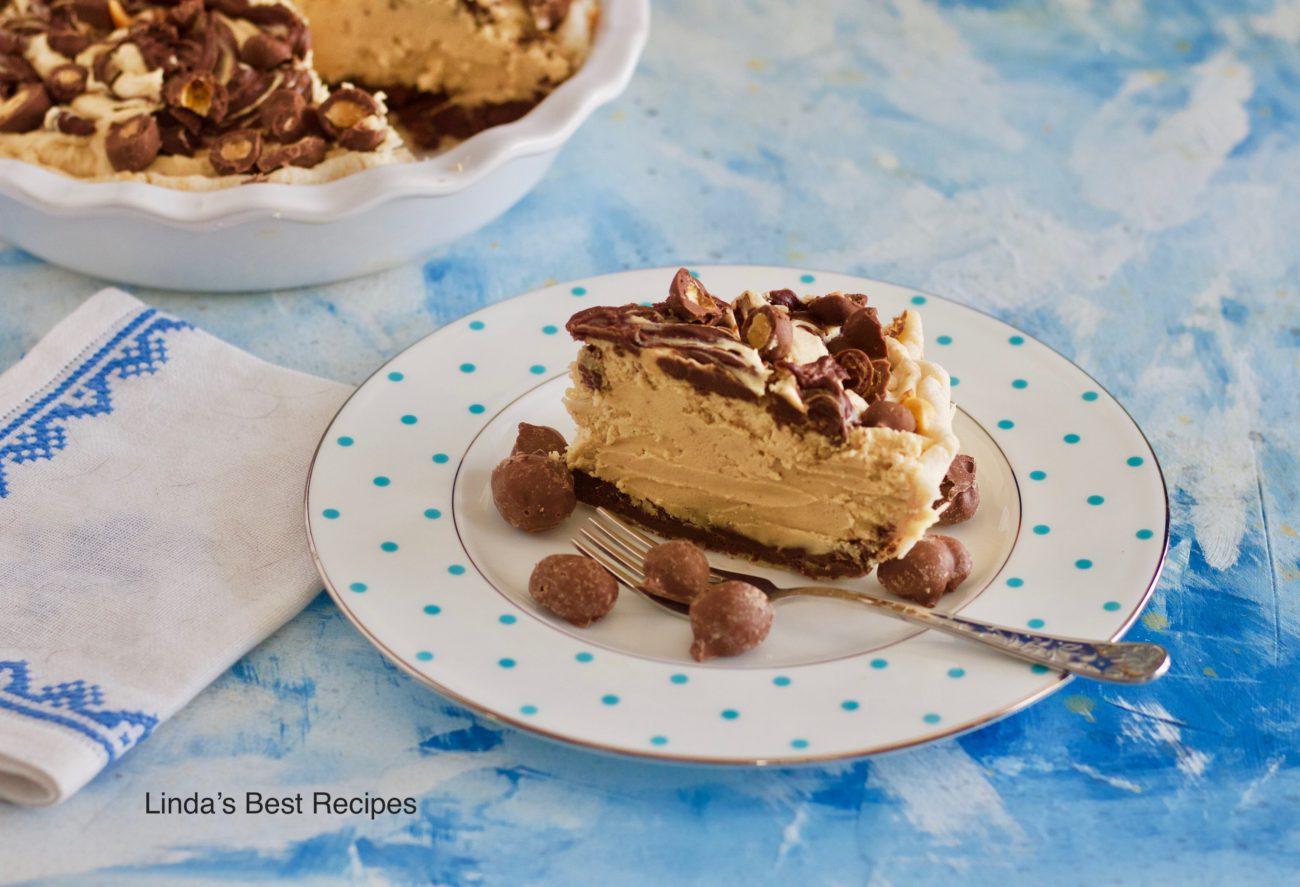Fudgy Peanut Butter Mousse Pie