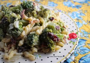 Broccoli Salad with Pasta and Bacon