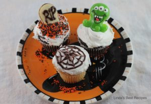 Decorated Cupcakes for Halloween
