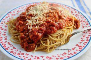 Spaghetti with Ground Beef Sauce