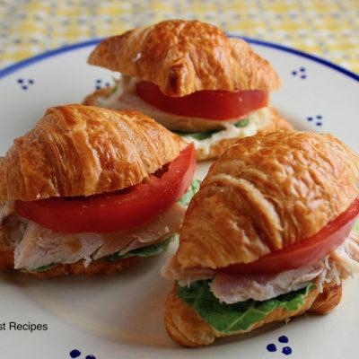 Mini Tomato Chicken Sandwiches